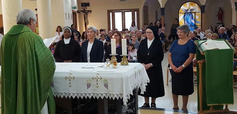 Matrimonio Rituale Romano : Ministri straordinari della comunione